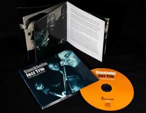 Ny CD med Stockholm Jazz Trio, omslag och booklet med mina foton